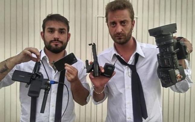 Stefano Corti y Alessandro Onnis, los dos periodistas que agredieron a Márquez