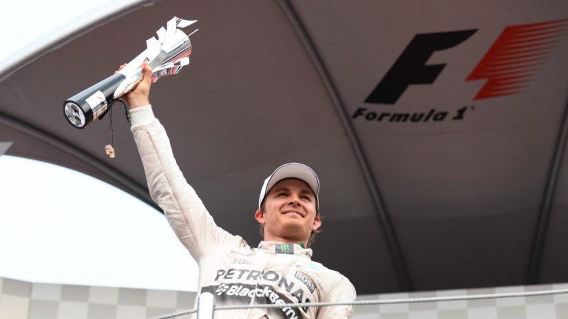 Nico Rosberg de nuevo en lo más alto del cajon
