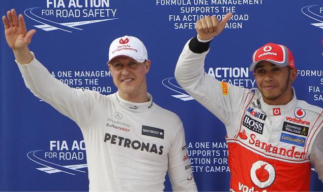 Lewis Hamilton ataca con dureza a Michael Schumacher