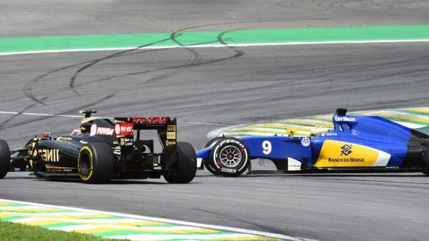 Momento del accidente entre Maldonado y Ericsson del GP de Brasil