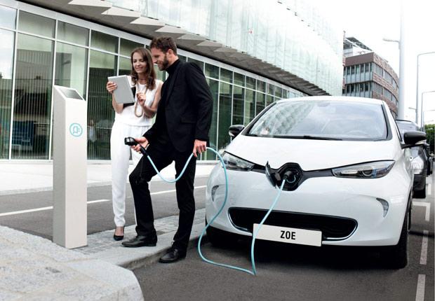 Renault-Nissan y sus socios instalan 90 nuevos puntos de carga alrededor de París para la COP21