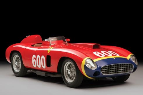 El Ferrari 290 MM de Fangio, vendido en 28 millones de dólares