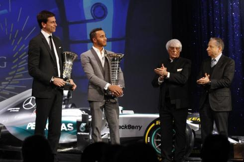 Lewis Hamilton y Toto Wolff, campeones del mundo de Fórmula 1 2015