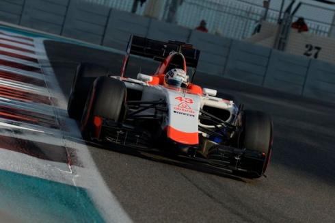 Haryanto, a bordo del MR03B durante los últimos tests de Pirelli