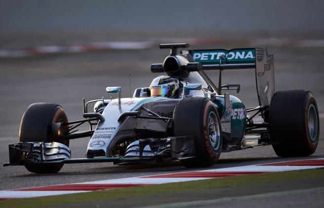 Lewis Hamilton y Mercedes, los rivales a batir en 2016