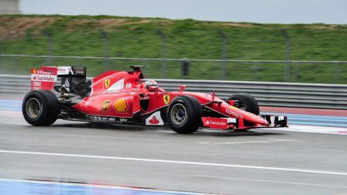 Kimi Raikkönen, probando el Ferrari de 2015