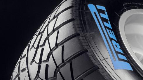 Stoffel Vandoorne, el más rápido en los tests de Pirelli en Abu Dhabi