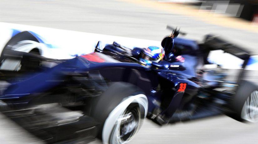 Fernando Alonso se dio una auténtica paliza en Montmeló