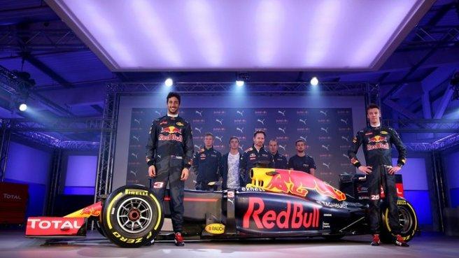 El equipo Red Bull en su presentación en Londres