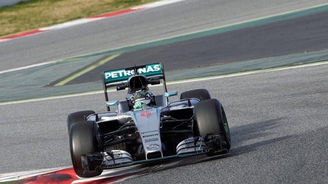 """Nico Rosberg, sorprendente """"farolillo rojo"""" hoy en la última jornada"""