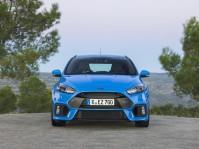 Ford_FocusRS_02