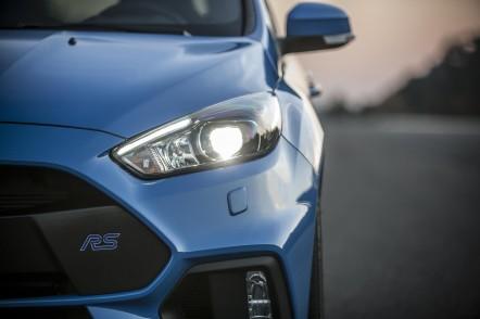 Ford_FocusRS_06