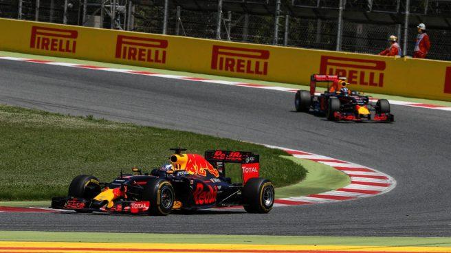 Lección magistral de estrategia en Red Bull en Montmeló