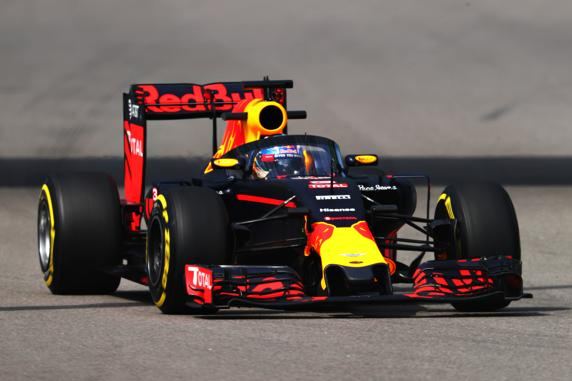 Red Bull probó en los libres del GP de Rusia su nuevo Aeroscreen