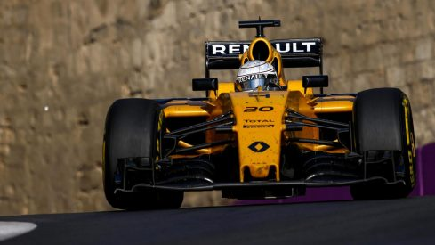 Kevin Magnussen, el mejor de Renault en Baku