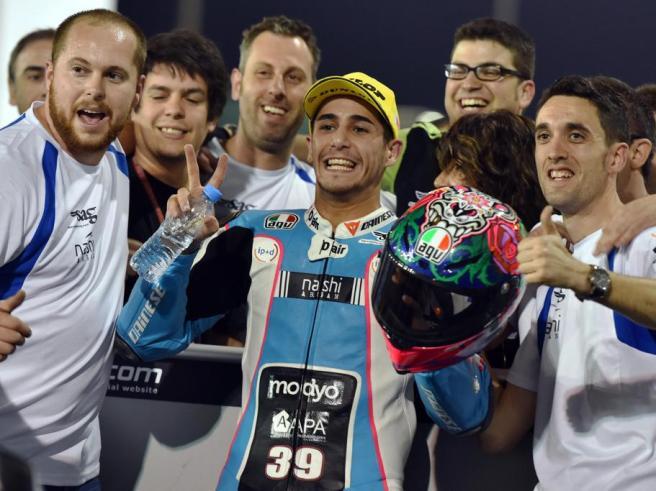 Luis Salom, celebrando el último pódium de su vida, tras el pasado GP de Qatar 2016