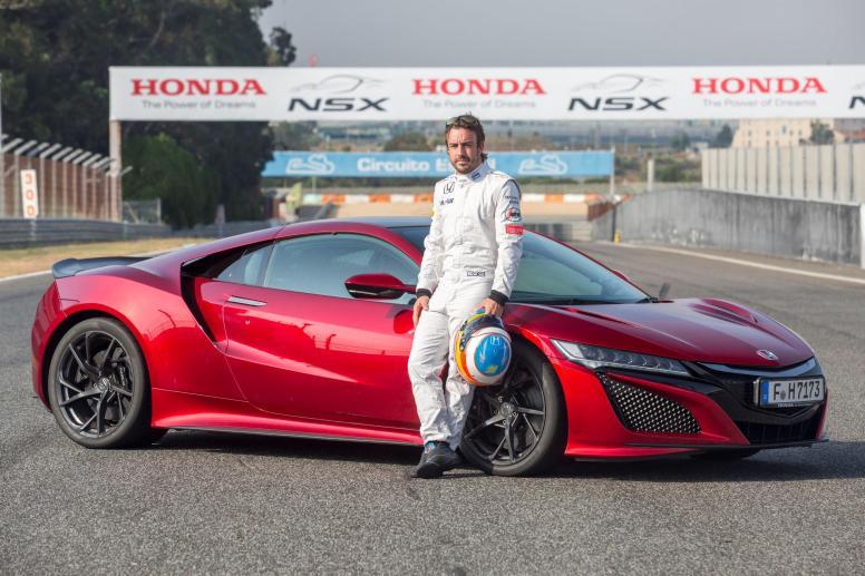 Fernando Alonso, en la presentación del nuevo Honda NSX