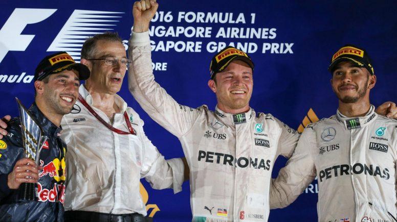 Absolutamente brillante triunfo de Nico Rosberg en la noche de Singapur
