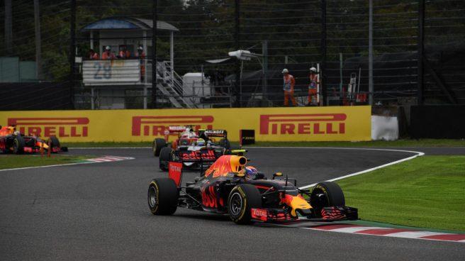 Max Verstappen pudo con Lewis Hamilton en el último tercio de la prueba