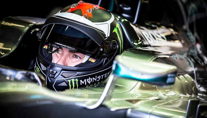 Lorenzo batió el crono de Rosberg a bordo del un Mercedes W04 de 2014