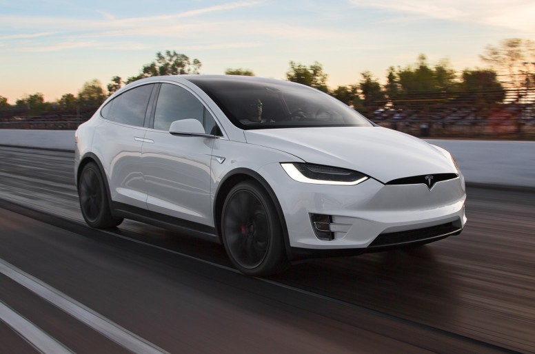 Tesla, a la búsqueda de profesionales para Madrid y Barcelona