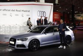 Cristiano Ronaldo con su Audi RS6 Performance 4