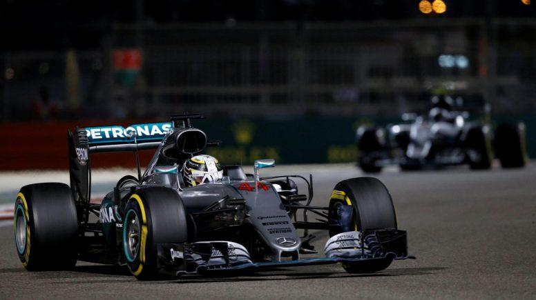 Lewis Hamilton, liderando el GP de Abu Dhabi