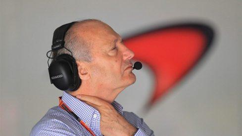 Ron Dennis, obligado a dimitir de su puesto de CEO en McLaren