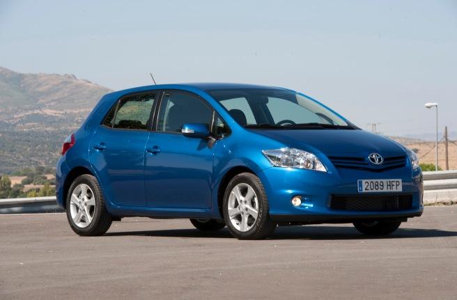El Toyota Auris, uno de los casi 6.000.000 de modelos llamados a revisión