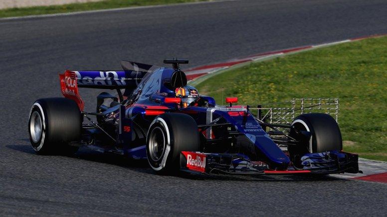 bcn_test_S1J1_Carlos Sainz.jpg
