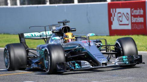bcn_test_S1J1_Lewis Hamilton.jpg
