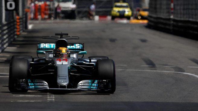No fue un buen día para Lewis Hamilton