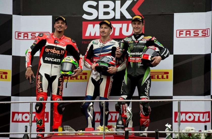 Nicky Hayden en su último podium en Superbikes