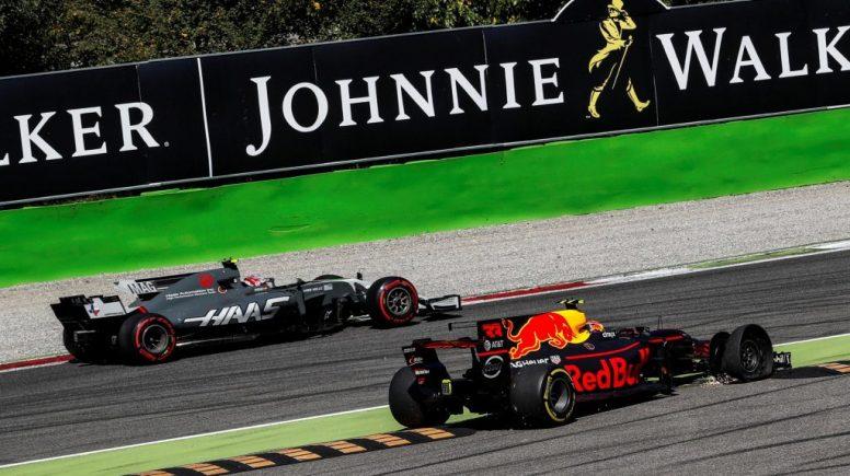 Momento en el que Verstappen pincha tras su toque con Massa