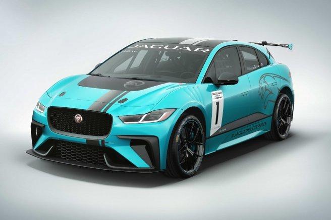 Jaguar-I-PACE-eTROPHY-racecar-studio-2