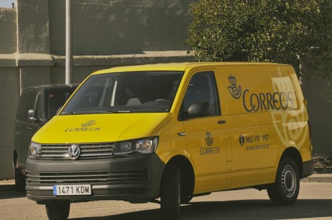correos-elige-el-volkswagen-transporter-para-su-flota-de-vehiculos