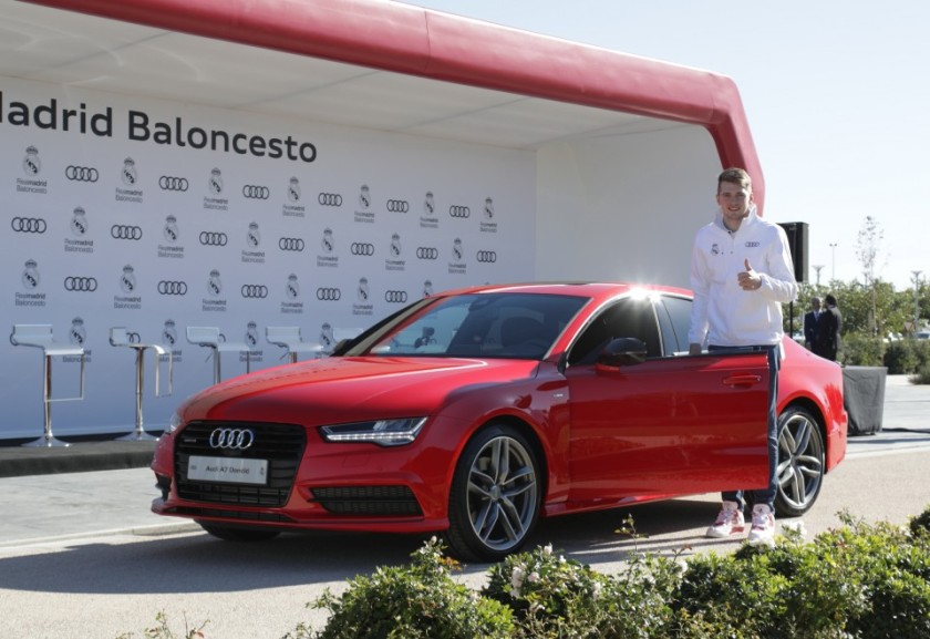 Luca Doncic y su flamante Audi A7