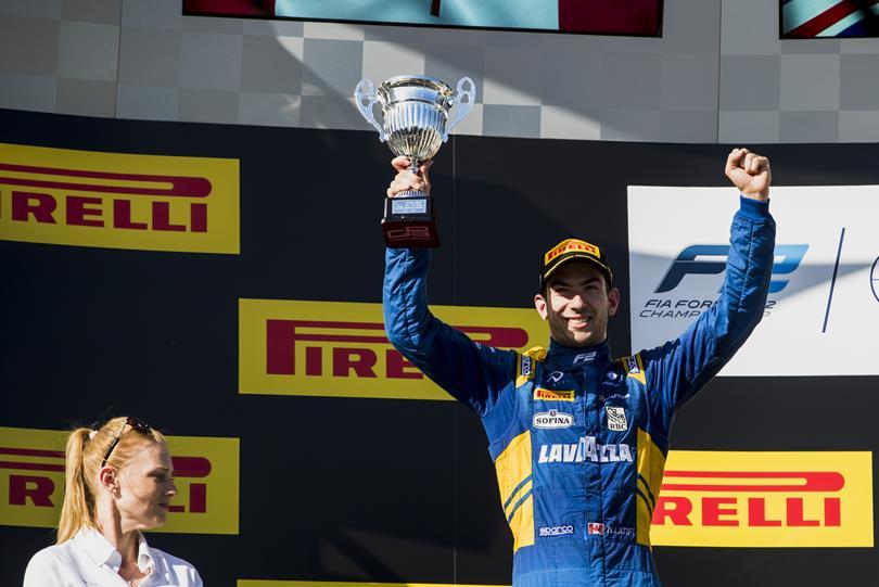El canadiense Nicholas Latifi, nuevo piloto probador de Force India